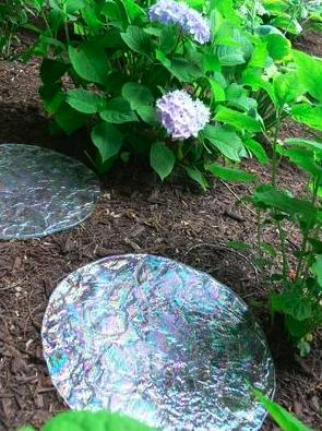 textured-glass-stepping-stones.jpg