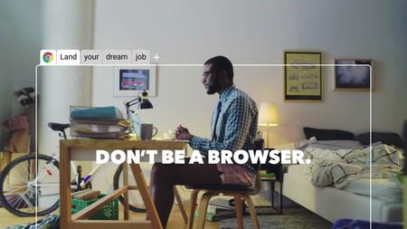 Google Chrome esconde una aventura conversacional en su navegador. Así la puedes activar