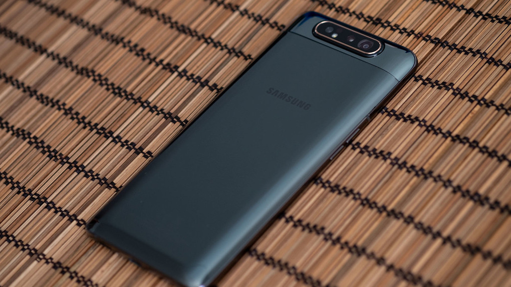 Samsung Galaxy A80 inizia l
