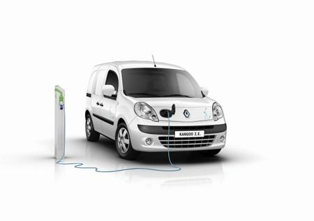 La Universidad de Salamanca pondrá a funcionar 5 puntos de recarga para vehículos eléctricos