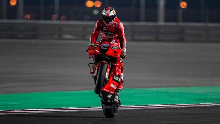 Jack Miller lidera el doblete de Ducati y Pol Espargaró se cae dos veces en los entrenamientos de MotoGP