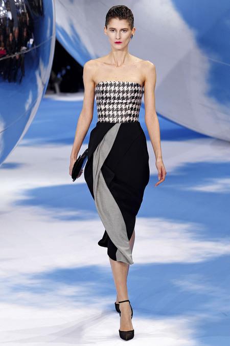 Foto de Christian Dior Otoño-Invierno 2013/2014: Memory dresses (11/21)