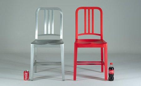 111 Navy Chair, reciclando plástico con estilo