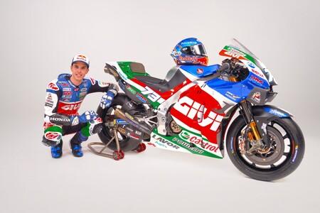 Álex Márquez se estrena como piloto del LCR y muestra su nueva Honda RC213V para MotoGP
