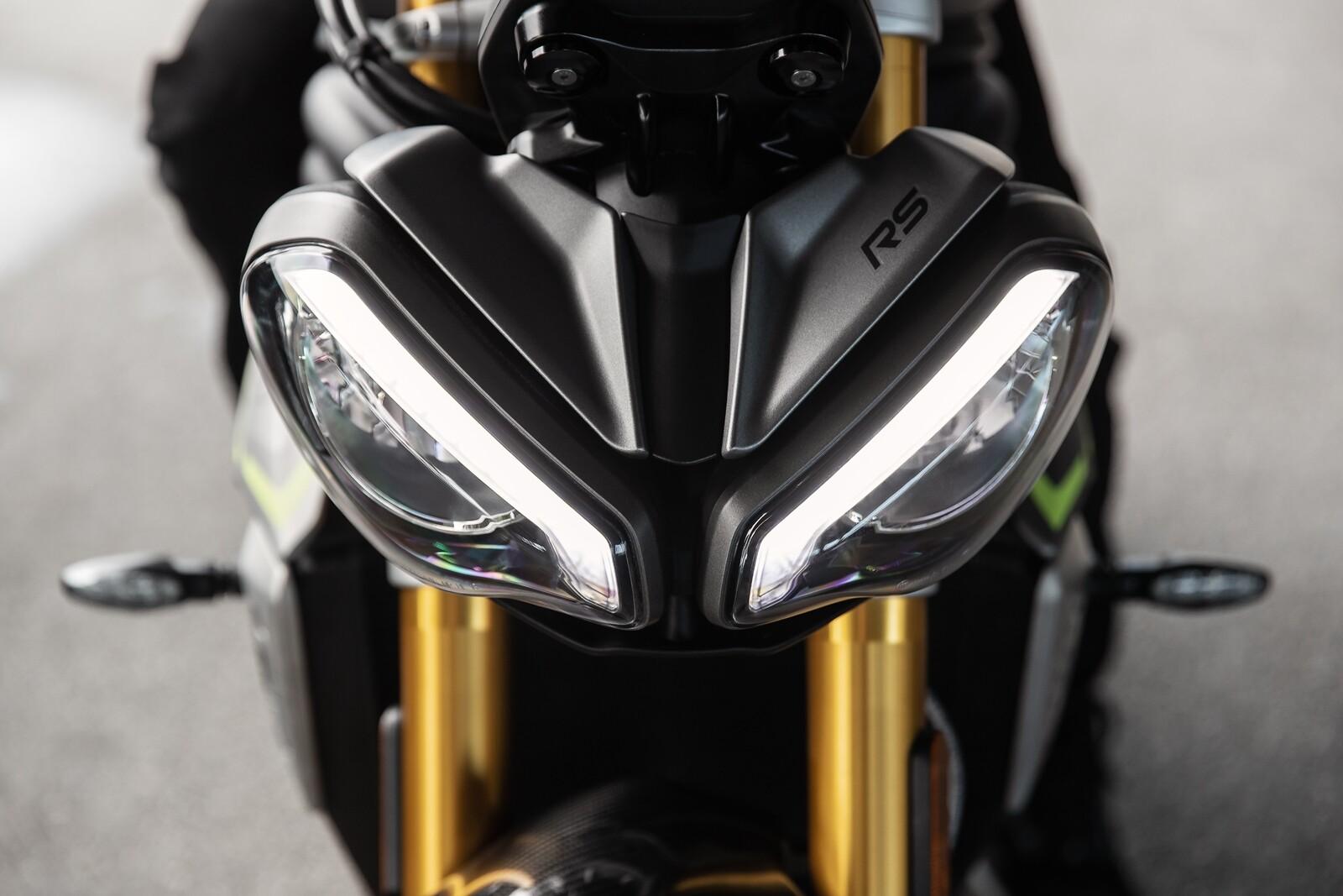 Foto de Triumph Speed Triple 1200 RS 2021 (20/71)