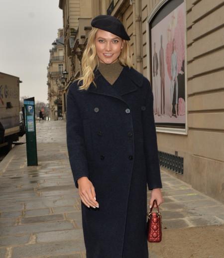 Si necesitas inspiración en tus looks invernales las propuestas de Kaia Gerber, Victoria Beckham o Sienna Miller (entre muchas más) podrían ayudarte