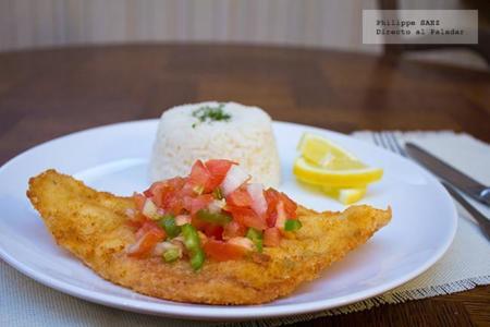 Milanesa de pescado con salsa pico de gallo. Receta