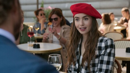 Emily In Paris Lily Collins 1601456934