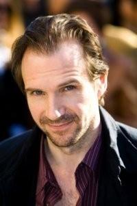 Ralph Fiennes protagonizará 'The Gifted', de Jacob Aaron Estes, y dirigirá 'País de nieve'