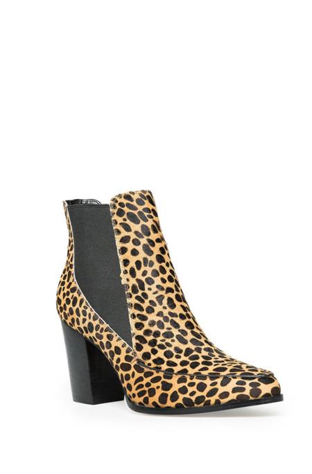 Botines con print de leopardo