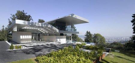 Casa de lujo con vistas panorámicas a la ciudad de Linz, Austria.