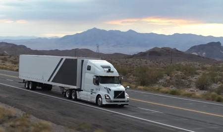 Como Convivir Con Los Camiones En Carretera 1