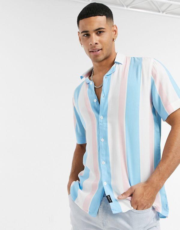 Camisa de manga corta blanca a rayas de rayón Pride de Hollister