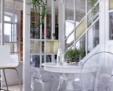 coin-office-dans-la-cuisine-d-une-maison-design-et-coloniale-qui-mixe-les-styles-deco_carrousel_gallery_xl.jpg