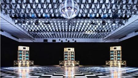 Despacio, un equipo de sonorización musical con... ¡50.000 vatios de potencia!