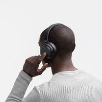 Microsoft lanza la aplicación Surface Audio para controlar sus nuevos auriculares y ya se puede descargar para Windows 10, iOS y Android
