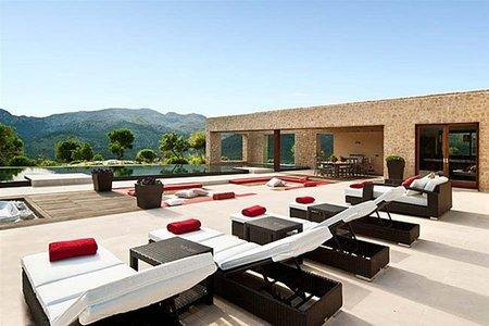 Chalet de lujo en Mallorca, el placer de vistas panorámicas y privacidad en casa
