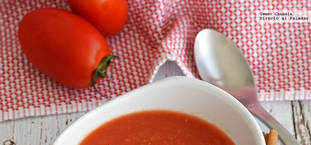 Sopa de jitomates y manzanas asadas. Receta saludable