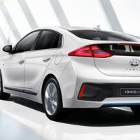 Este es el Hyundai Ioniq en sus primeras fotos oficiales