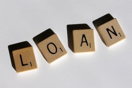 ¿Cómo reclasificar las deudas con entidades financieras del largo al corto plazo?