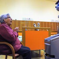 El proyecto Robot-Era plantea de nuevo el uso de robots en residencias de mayores
