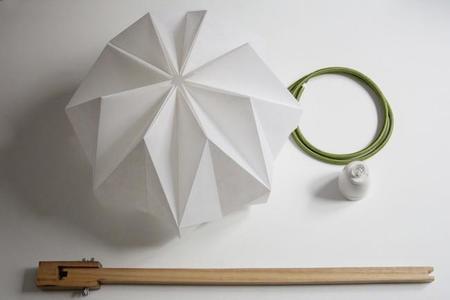 Del juego de doblar papel surgen las originales lámparas de MV