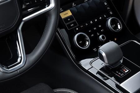 Range Rover Velar 2021 042