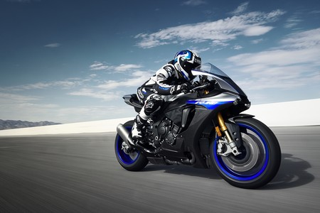 Yamaha Yzf R1m 2018 014