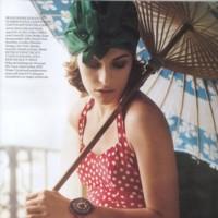 Milla Jovovich en la British Vogue del mes de abril