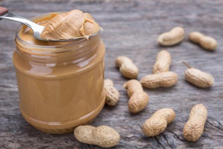 Crema de cacahuete, una buen fuente de proteínas