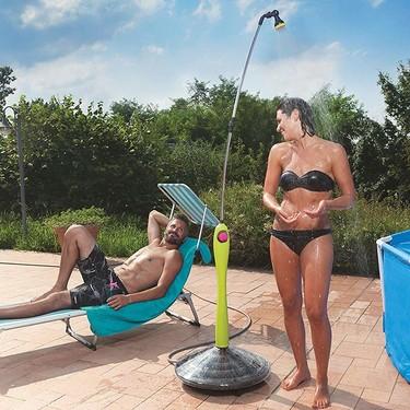 Nueve duchas de exterior para refrescar a los más exigentes o a los que viven el verano en modo Low Cost