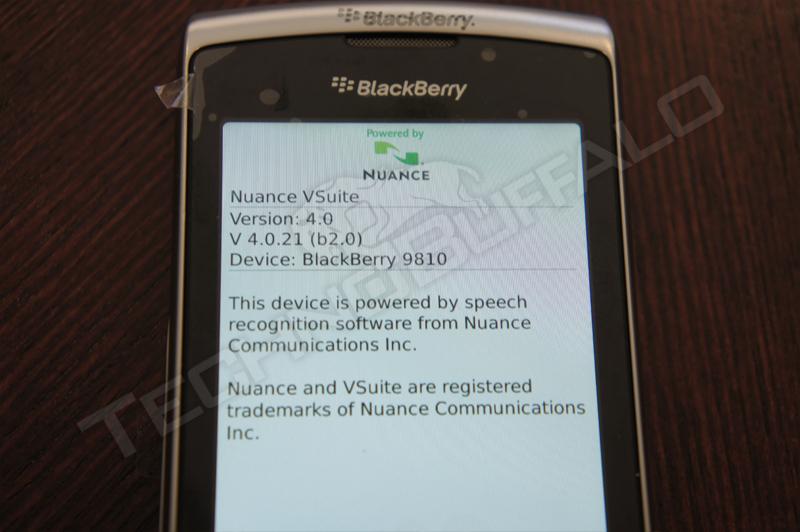 Foto de BlackBerry Torch 2 9810, más imágenes del nuevo híbrido de RIM (16/22)