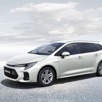 El Suzuki Swace es un compacto familiar híbrido hermano del Toyota Corolla, y ya está disponible desde 23.545 euros
