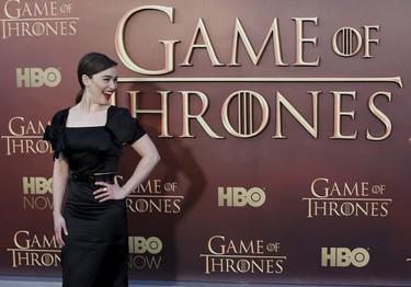 Antes de estrenarse, 'Juego de Tronos' sigue pisando la alfombra roja con Emilia Clarke  y compañía