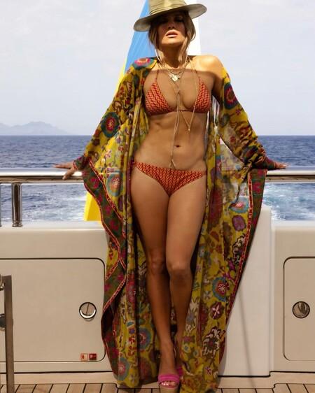 Jennifer Lopez Bikini Ben Affleck 02