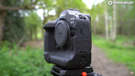 Canon Eos R3 De Cerca 3