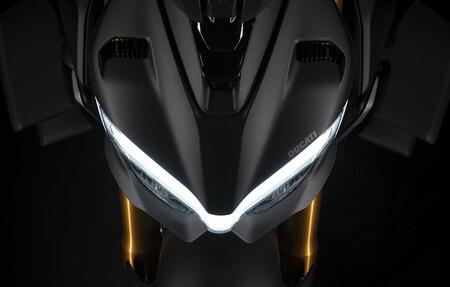 Ducati Streetfighter V4 2021 1