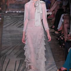 Foto 1 de 37 de la galería todas-las-imagenes-de-valentino-alta-costura-otono-invierno-20112012 en Trendencias
