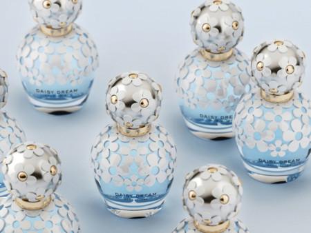 ¿Qué tendrán los perfumes de Marc Jacobs que enganchan de un solo vistazo?