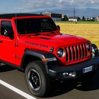 Jeep promete 10 modelos híbridos enchufables para el 2022