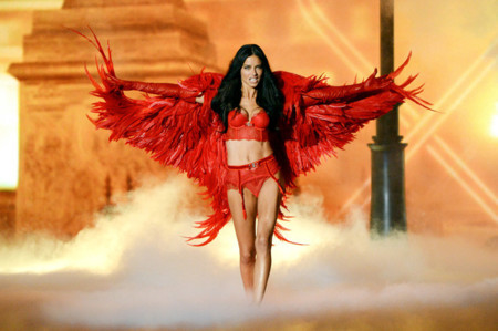 Adriana Lima Victorias Secret desfile 2013