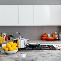 ¿Cocina de gas, vitrocerámica o inducción? Guía práctica para elegir la placa ideal para tu casa