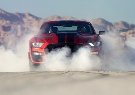 Ford da a conocer la increíble aceleración del Shelby GT500 2020 ¡y te vas a sorprender!