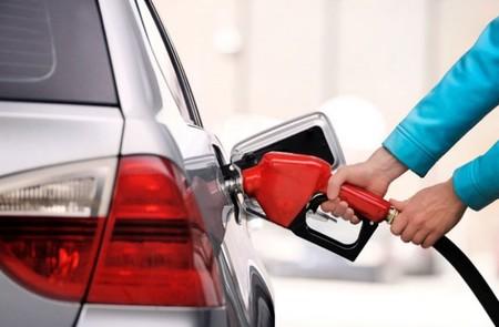 Israel prohibirá la venta de automóviles y camiones a gasolina y diesel para 2030