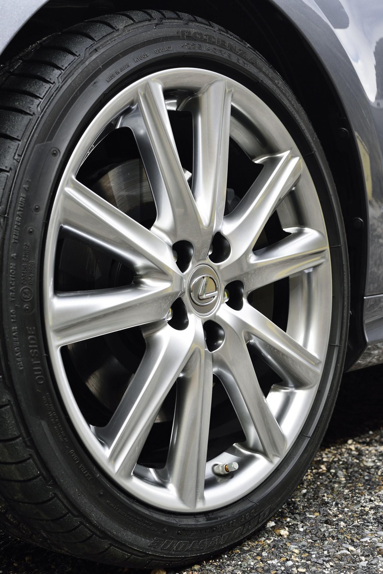 Foto de Lexus GS 300h (128/153)