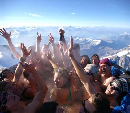 Un jaccuzzi en la cima del Montblanc