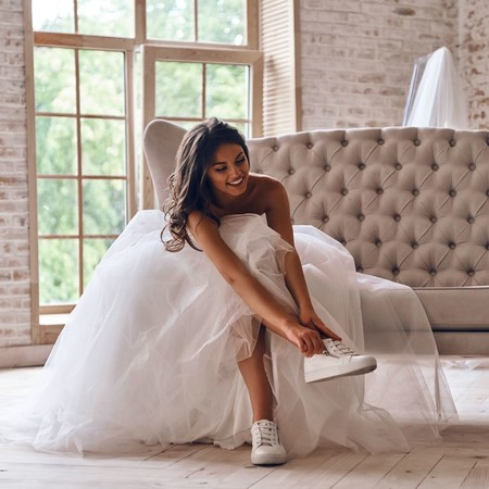 27 zapatillas para novias con las que dar el sí quiero de la forma más cómoda