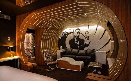La suite 007 del hotel Seven en París