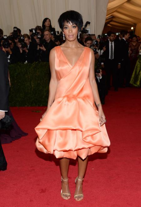 Solange Knowles Gala MET 2014 peor vestidas