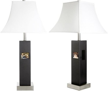 Lámpara de mesa con marco digital